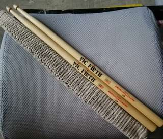 Authentic VIC FIRTH drumstick American Classic Hickory 5B