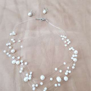 Fresh water choker necklace and earrings