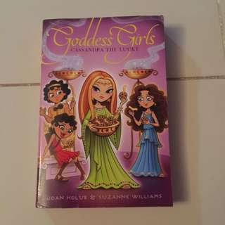 •used• Goddess Girls Book 12