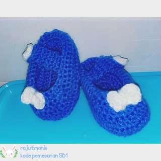 Sepatu rajut bayi dan anak