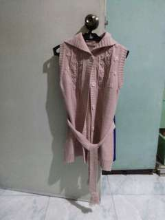 Knitted Sleeveless Cardigan w/ Hood