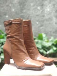 Nine West Brown Boots Size 7.5