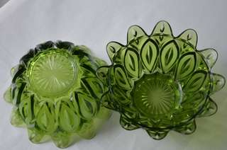 Glass bowls and plates, 4pcs