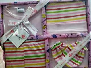 Newborn baby girl clothes (brand new)