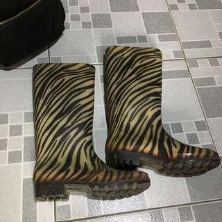 Bid - Rain Boots in Zebra Design