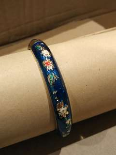 Asian chinese style navy floral bangle