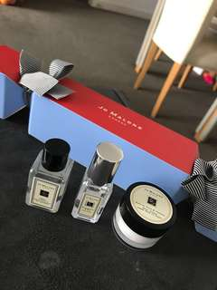 Jo Malone Xmas edition cracker gift pack brand new