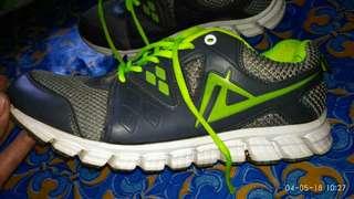 Sepatu audax zeround