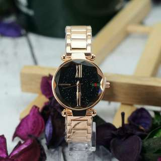 GUCCI WOMEN LIMITED EDITION WATCH