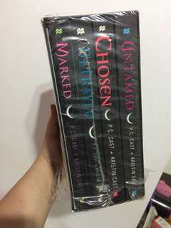 HOUSE OF NIGHT COLLECTIO