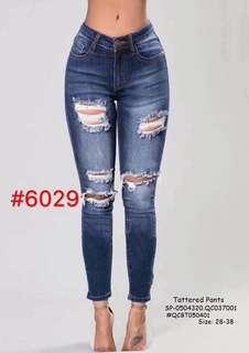 TATTERED PANTS Size: 28,29,30,31,32,33,34,35,36,37,38