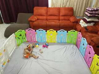 Baby playard for crawling