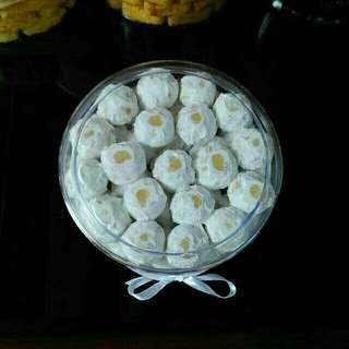Kue Kering Cookies Putri Puteri Salju Lebaran Idul Fitri Enak Murah Bandung