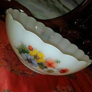 Arcopal Anemones vintage Wildflowers Bowl