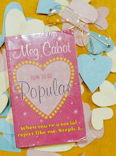 How to Be Popular by Meg Cabot (With Plastic Cover)