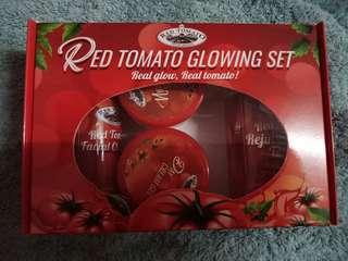 Red tomato toner set
