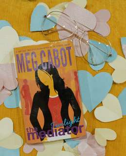 The Mediator by Meg Cabot (With Plastic Cover)