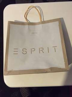 Esprit paper bag ( big ) (13,14,5 inches )