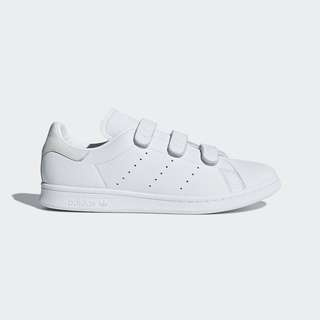 stan smith velcro | Shoes | Carousell