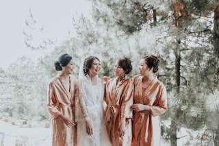 Kimono wedding custom for bride and bridesmaid