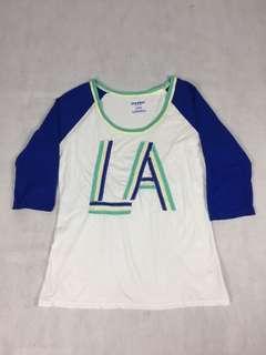 🚚 USA vintage-美國古著 驚豔撞色LA 貼布繡7分棒球袖棉T