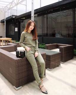 Green jumpsuit (sweater bahan)