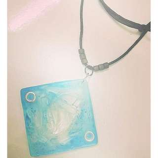 handmade necklace with resin (ab glue, soft)