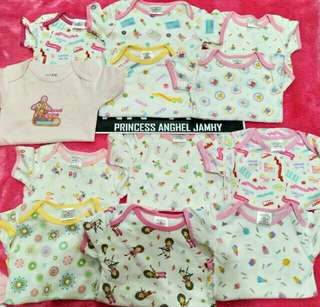 Branded onesies 10pcs for only 790.Only mall quality