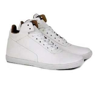 Sepatu pria kulit putih cowok sneakers semi boots CASUAL