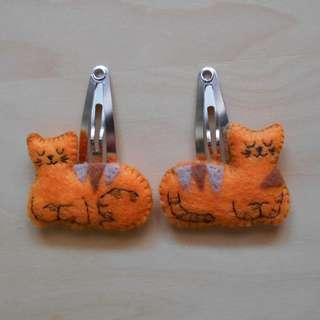 Orange and brown cat snap hair clip
