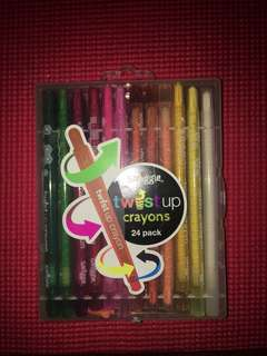 Smiggle twist up crayons