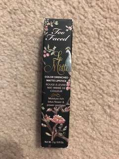 TOO FACED La Matte Color Drenches Matte Lipstick
