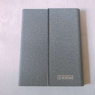 Single line hardcover with magnet notebook (grey)