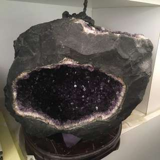 Big Amethyst cave