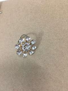 🚚 滿鑽可調式戒指