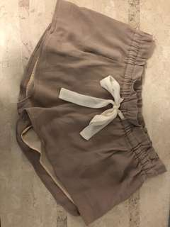 Wilfred taupe crepe shorts