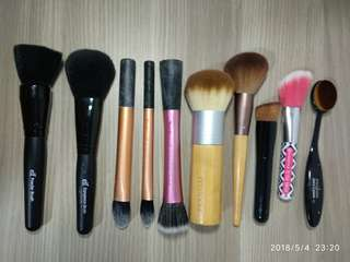 🚚 Makeup Brushes $3 each mailed