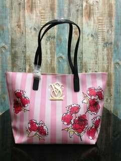 VICTORIA's SECRET Floral tote bag #ramadan50