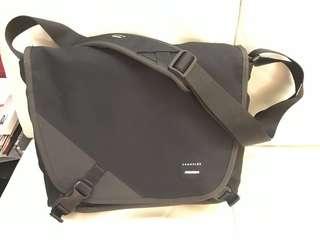 Crumpler The Skivvy Messenger bag (M)