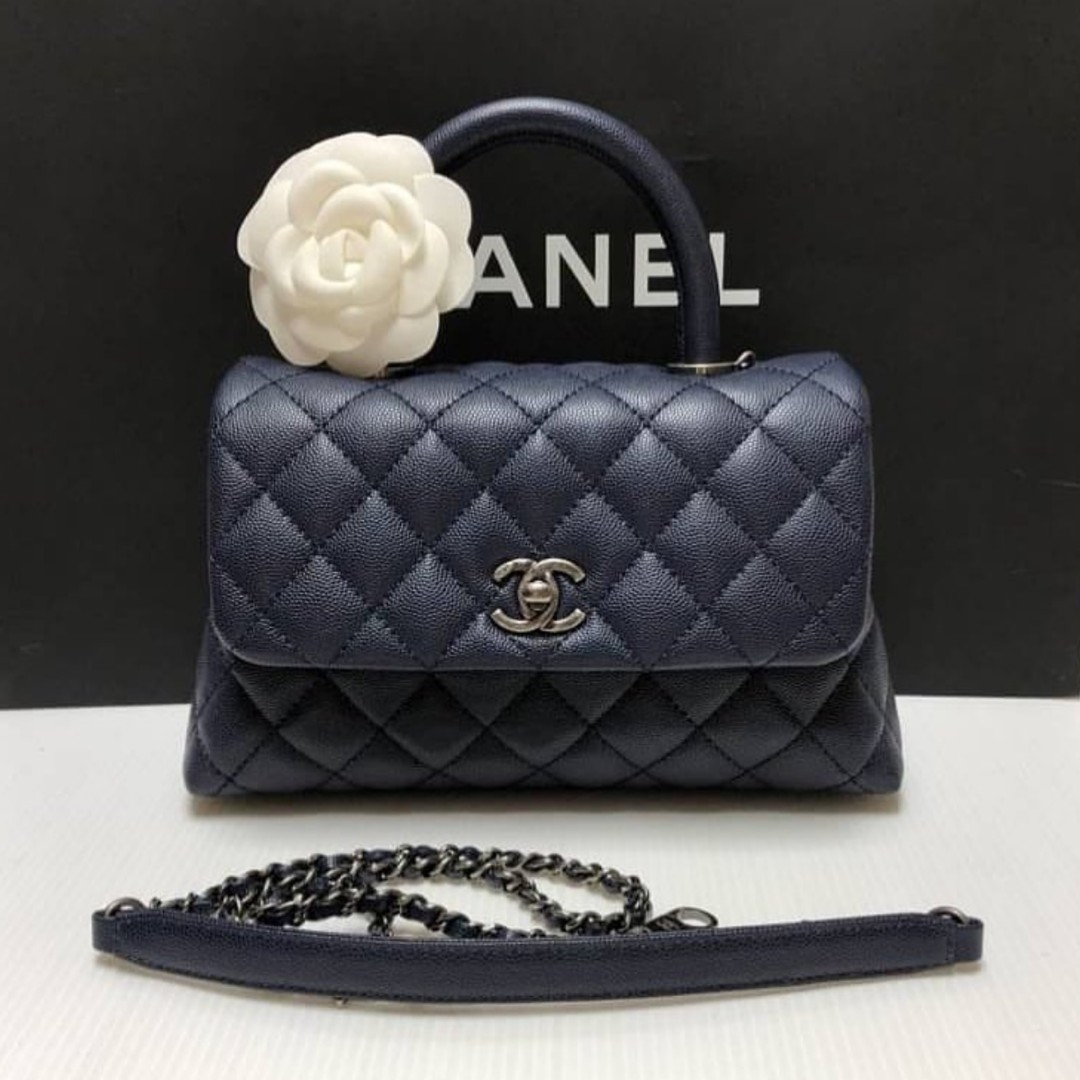 13338e6c3989 Authentic Chanel Small Coco Handle, Luxury, Bags & Wallets on Carousell