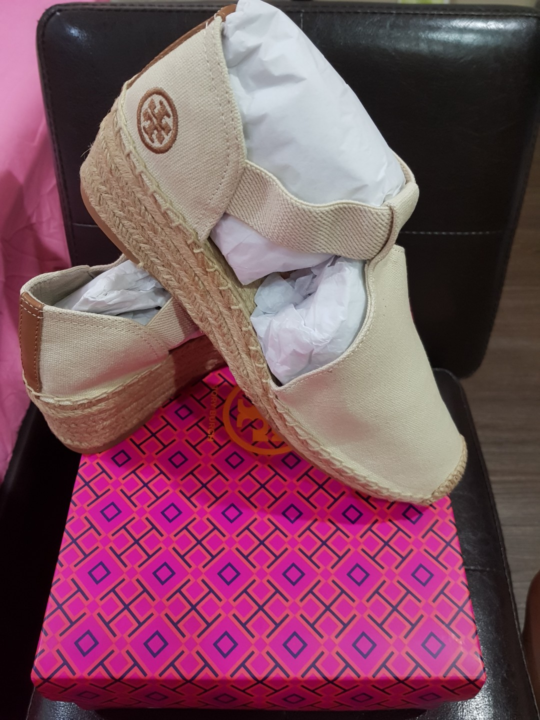 BNIB Authentic Tory Burch Espadrille canvas Catalina wedge, size 8.5