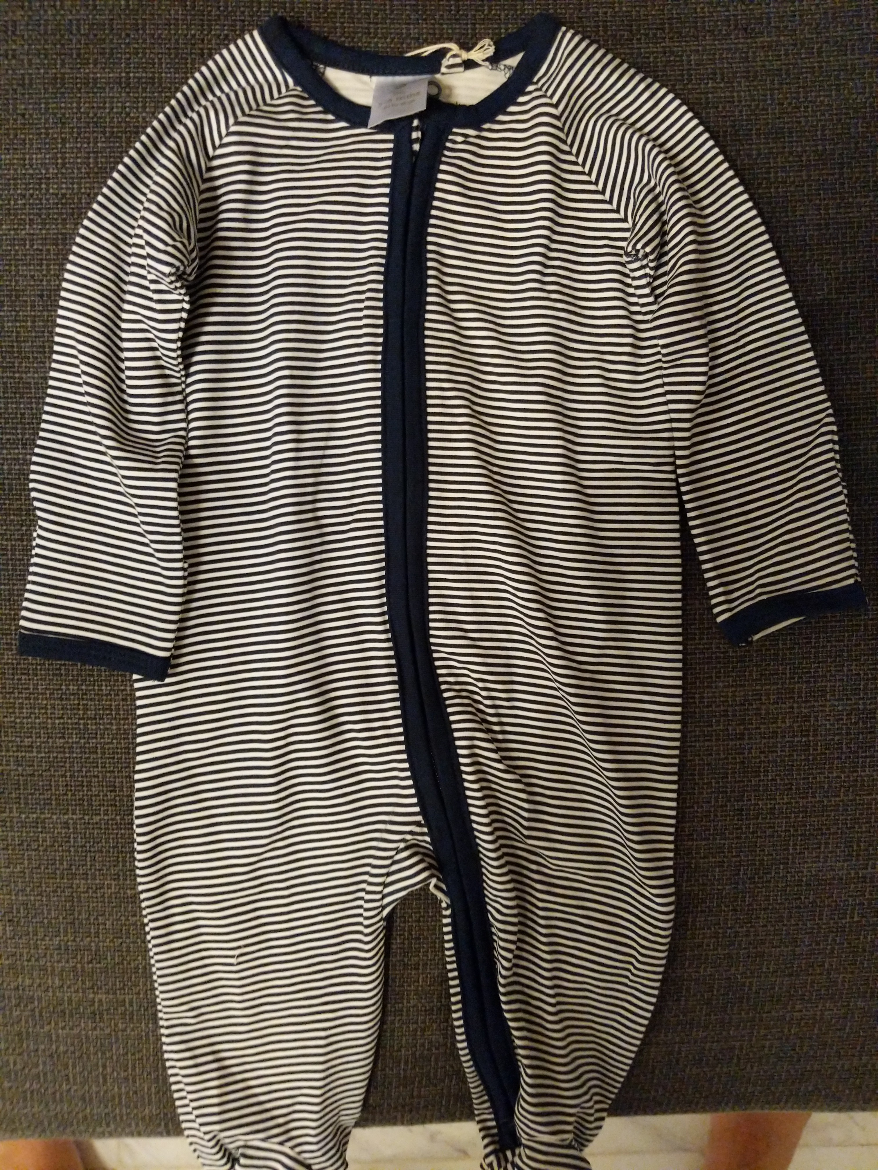 88b5fbb85b99 Clearance! Brand new Target Bodysuit/ Sleepsuit for 3-6 months ...