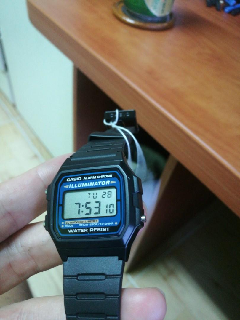 the best attitude 376ce 19e11 Casio Digital Watch F105W-1A, Men's Fashion, Watches on ...