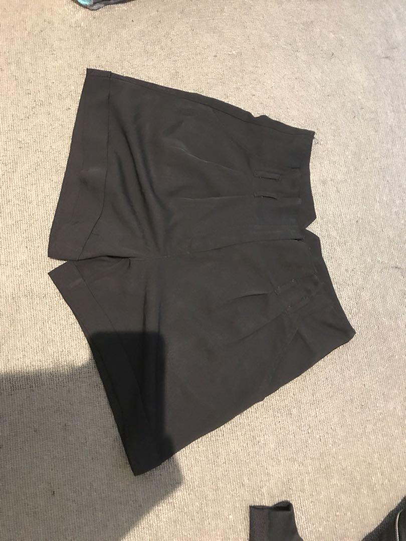 Dotti high waisted shorts