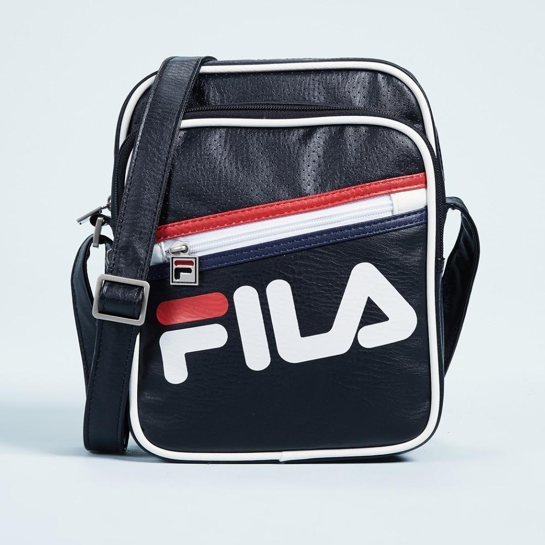 d123d758c Fila buster shoulder bag - black * Instock *, Men's Fashion, Bags ...