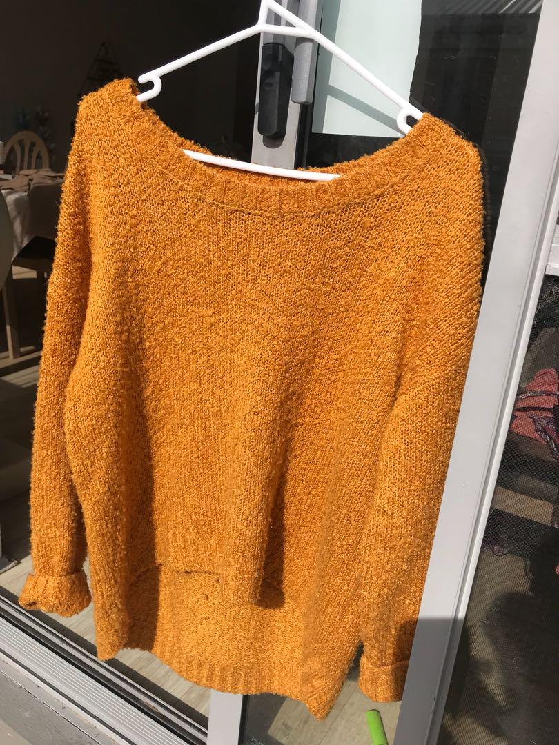 Knitwear mustard size 8