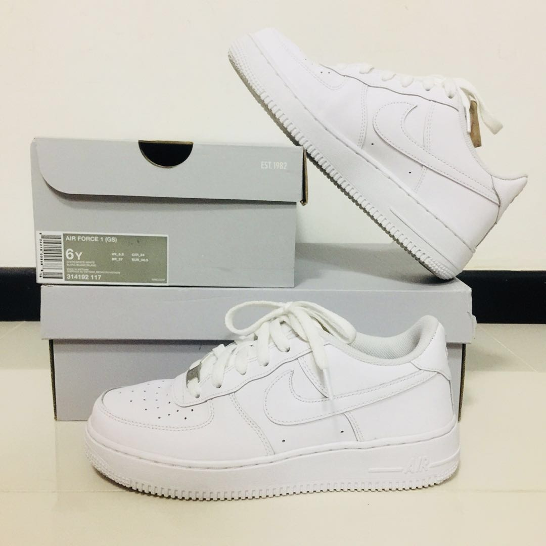 wholesale dealer f9c4a c73bc Nike Air Force 1  07 (Women s), Women s Fashion, Shoes on Carousell