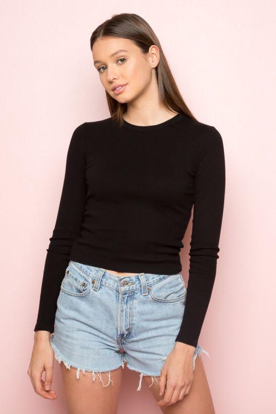 3aba9beac3373c 🌸NWT Brandy Melville black Long sleeve top