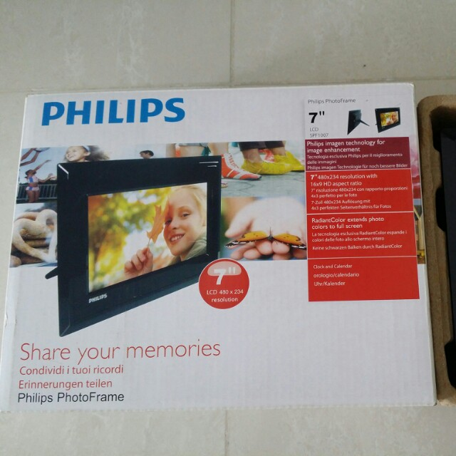 Philips Digital Photo Frame Electronics Others On Carousell