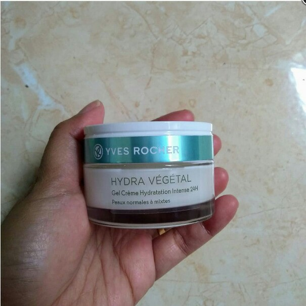 Yves rocher hydra vegetal (moisturizer)